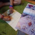 Aufzeichnen des Plans auf Sperrholz