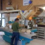 Holz-Maus Produktion mit der Kreissäge